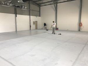 coating floors with epoxy