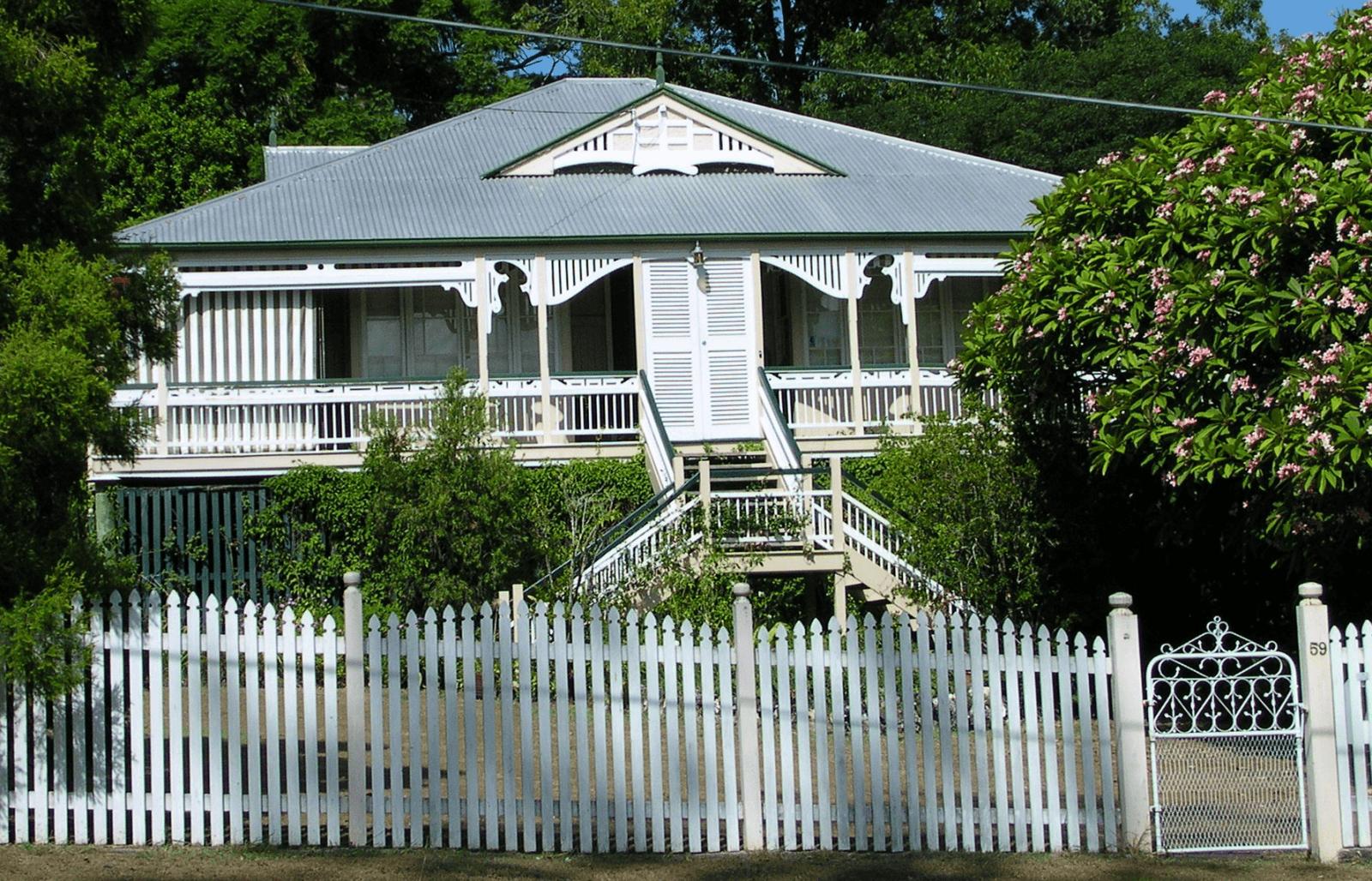 Auchenflower exterior paint job